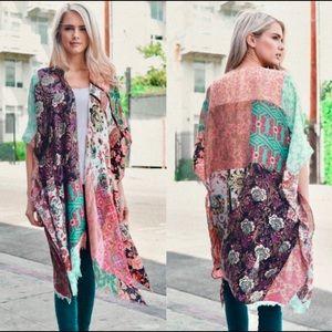 NEW🦋Boho floral kimono